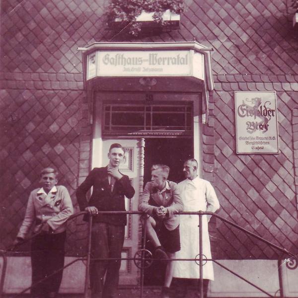 Vorm Gasthaus Zum Werratal